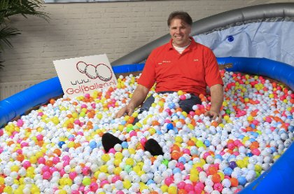 24-02-2011-golfballen